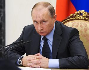 Ryssland har dubbelt så många diplomater i Prag som USA, en stor del av dessa ägnar sig åt underrättelseverksamhet säger den tjeckiska säkerhetspolisen. President Putin var själv med i KGB under Kalla Kriget.