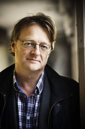 Dan Josefsson får året Johan Hansson-pris.   Nu får Dan Josefsson Johan Hansson-priset på 250 000 kronor för sin granskning av Thomas Quick-fallet.