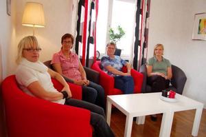 Agneta Roberts, Mariann Sawgård, Christina Schröder och Denise Wallén i familjeteamets nya lokaler.Foto: Carin Selldén