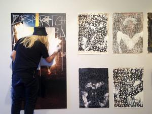 Artist in action, Diego Valladares Parker.