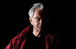 Den internationellt prisade fotografen Anders Petersen är en av en lång rad kända namn som kommer till Lillhärdal i sommar för att hålla i workshop på Härjedalens Kulturcentrum.