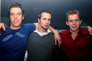 Pluto. Tobias, Johannes och Johan