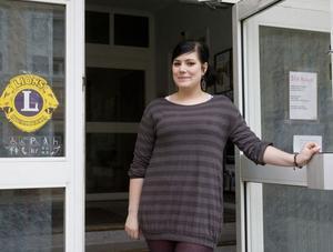 Isabelle Landegren jobbar för Hudiksvalls behövande barnfamiljer, när det är lördag.