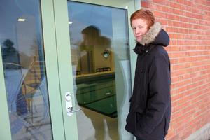 Ett kort in. Pelle Bengtsberg, 14, ber kommunpolitikerna införa ett kommunkort laddat med resmöjligheter och attraktioner som simhallen i Färila.