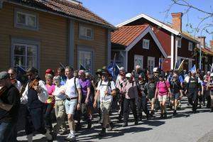 112 personer deltog i vandringen mellan Bjursås och Gamla Staberg