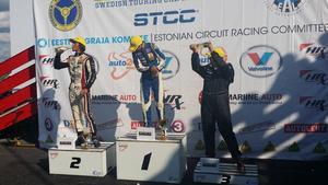 Matthias Johansson, Bergs MK (t.h) fick kliva upp på pallen för första gången i JTCC.
