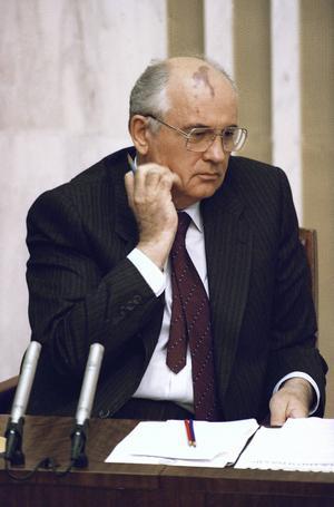 Kuppförsöket mot Gorbatjov i augusti 1991 misslyckades men han var ändå den stora förloraren när allt var över. Bilden tagen 27 augusti 1991. Foto: Alexander Zemlianichenko/AP/TT