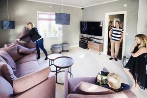 När familjen Bjurström renoverade vardagsrummet inredde de det i skandinavisk stil.