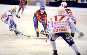 Simon Jansson och Edsbyn vann hemmamötet med 3–2 i november. På onsdagskvällen tog Kungälv revansch när lagen möttes på Skarpe Nord.