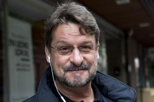 Anders Gäfvert, Härnösand.– Glasögon. Jag kommer just från optikern och har fått dem justerade. Det är också viktigt med vänner och det sociala umgänget.