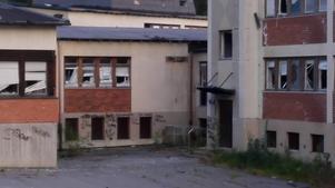 Vem har ansvar för det före detta sjukhemmet i Björknäs, där risken för olycksfall är uppenbar, undrar Villaägarna i Kramfors med Höga Kusten.