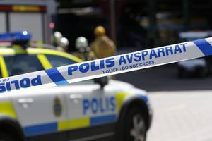 Polisen har varit på plats och dokumenterat omständigheterna kring arbetsplatsolyckan.