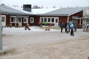 LILLBOSKOLAN (F-6) 132 elever. Ingår inte i något av de tre alternativen i dag.