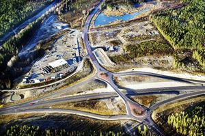 Tre natur- och miljöföreningar uttalar bristande tilltro till Hudiksvalls byggnadsnämnd med anledning av strandskyddsfrågor på Medskogsområdet.