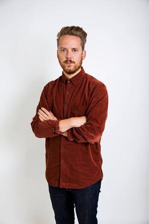 Aron Andersson är prylexpert på tidningen Metro.   Foto: Pernilla Lundberg