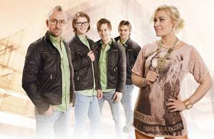 Blender är ett av flera band som spelar under Parkenmaran.