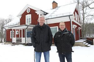 Kommunens näringslivschef Lennart Silfverin applåderar Anders Hjärtedals initiativ och ser återöppnandet av Nyfors Handel som en del i en renässans för fritidsområdet Malingsbo-Kloten.