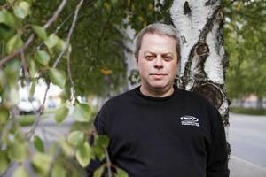 Tommy Karlssons blev volontär för att göra en god gärning. Han tycker att arbetet är intressant men vill att polisen ger fler uppdrag.