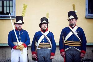 Dalregementets uniform från 1806–1814, visad av Falu militärhistoriska förening.