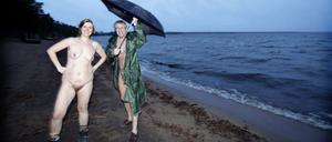 Katrin Mandl och Olle Strand är några av dem tagit strid för ett nakenbad i Sandvikens kommun.