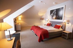 Detta sovrum tillhör den större Thyra-sviten på Tott hotell.
