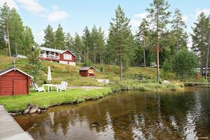 Detta fritidshus i Södra Tansbodarna, Gagnefs kommun, är ett av de mest klickade dalaobjekten på Hemnet under vecka 36.