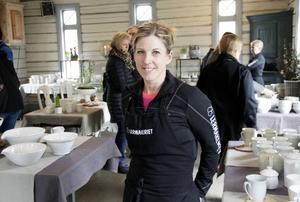 Enligt keramikern Maria Larsson hade årets konstrunda rekordmånga besökare alla dagarna.