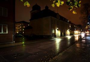 Våldtäkten inträffade på Wallingatan i centrala Borlänge.