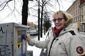 Kortläsaren fungerade inte när Helena Wahlberg skulle parkera i Stenstan.