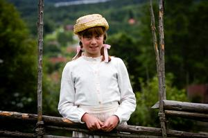 Skådespelartalang. Ronja Björklund är en av nykomlingarna i årets bygdespel Gamla gården som spelas på Dössberget i helgen. Foto:Janne Eriksson