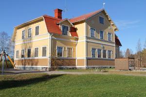 VOXNABRUKS SKOLA (F-6) 21 eleverVäntar på besked om att bli en friskola. Förslaget är att lägga ner skolan i kommunens regi till sommarlovet 2012.