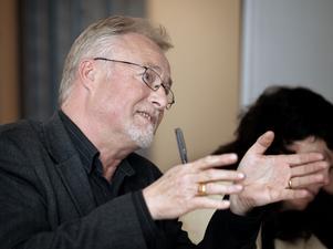 Björn Flinth, räddningsnämndens ordförande, tycker att den situation som uppstått är olycklig.