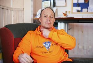 Bollnäs klubbchef Robert Lindgren hoppas kunna presentera en ersättare för Niklas Prytz under den här veckan.