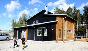 Jonas pappa Börje Stark ritade huset.