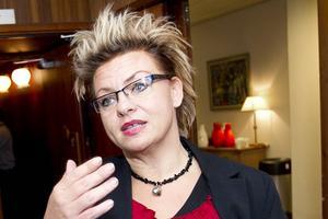 Susanne Ruthström är en människa med stort hjärta, vars röda tråd är att alltid låta den lilla människan komma till tals, säger