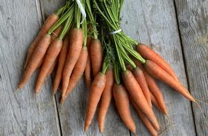 Morötter är en av vårens stora primörer.