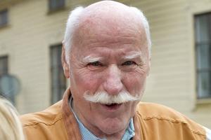 Olle Sundin, 78 år, pensionär, före detta chaufför, Gävle. – Ja, det tror jag. Det är bra att slippa åka över stortorget. Jag tar hellre cykeln än bilen inne i stan.