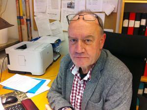 Senast i april nästa år lämnar Arbetarbladets chefredaktör Sven Johansson sin post.