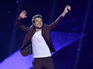 Frankrikes Amir framför bidraget Jai cherché.