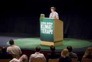 Terapeut? Språkröret Åsa Romson inledningstalade på Miljöpartiets kongress i Umeå och passade på att kritisera regeringens miljöpolitik.