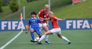 ÖDFF-spelaren Thanatta Chawong i Thailandsdressen vid VM-premiären mot Norge.