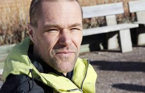 Kandidater från över 30 länder deltog i uttagningsintervjuer. Lars Liljedahl var en av fem personer som kom med i arbetsgruppen. Han hoppas både kunna bidra och ge ideér.