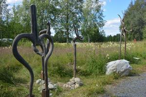 """Bertil Svenssons """"Balanskonstnär"""", som är funnen i moder natur."""