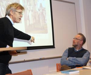 Owe Ronström berättade vad världsarvet gjorde med berättelsen om Visby, från liten småstad till medeltidsikon. Po Tidholm efterlyste en stark berättelse om Hälsingland, till och med fejkad, att ta spjärn emot.
