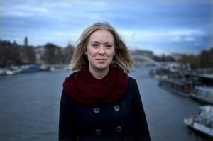 Malin Ottander är 23 år och bor i Sundsvall. Just nu befinner hon sig i Paris med krav på ett globalt klimatavtal som kan begränsa den globala uppvärmningen och minska riskerna för ett