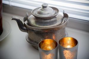 Farmors gamla kaffepanna har nu blivit en inredningsdetalj.