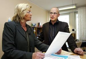 Arbetsförmedlaren Birgitta Karlssons besök på bemanningsföretaget CeEss resulterade i ett jobb. Tack vare anställningsstöd har Conny Staffansson bestämt sig för att anställa en tjej som ska hjälpa honom med en del av företagets administrativa sysslor.