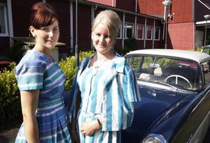 Matchande klädsel. Emelie Widell, Västerås, och Linda Åsvärd, Kolbäck.