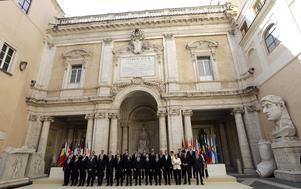 Familjefotot vid Romfördragets firande i helgen. 27 länder var med, Storbritanniens Theresa May stannade hemma.