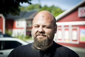 Tommy Olofsson, Borgänge:– Nej, jag kollar inte på TV. Det har jag inte tid med.